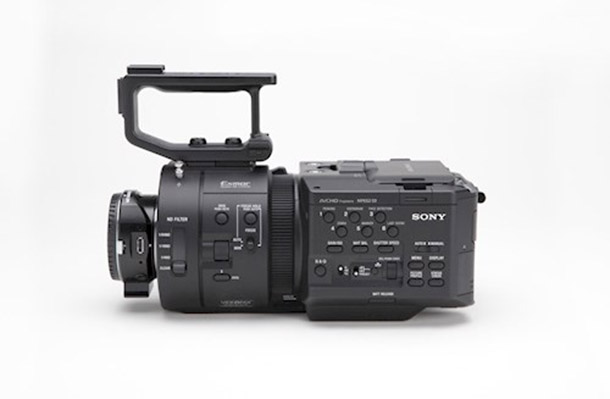 Rent a Sony NEX-FS700R in Oisterwijk from Robbert