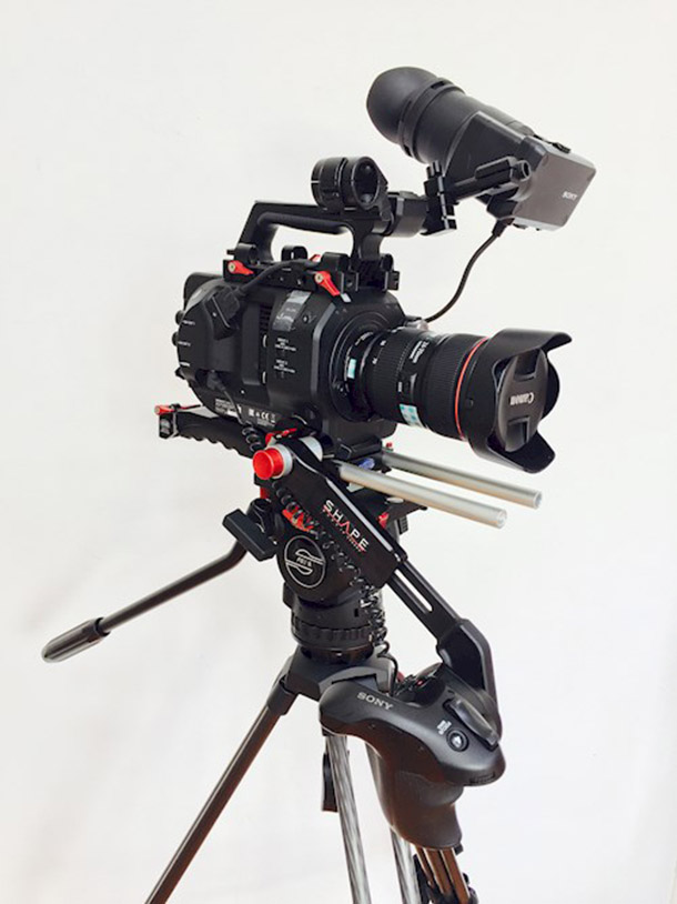 Rent a Sony FS7 4K - Incl. Vocas Baseplate, Shape side-handle, metabones speedbooster & Canon 24-70mm 2.8 USM II  - COMPLETE SET DRAAI KLAAR in Rotterdam, Centrum from Dammes