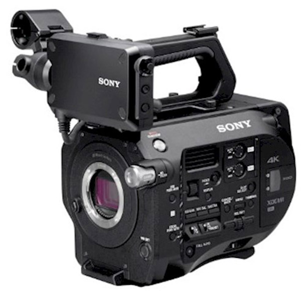 Rent a SONY FS7  + METABONES (speedbooster) in Den Haag, Centrum from BADBIRDS B.V.