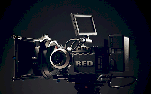 Rent Red Scarlet MX set from David