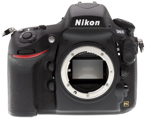 Rent a D800 Full Frame Body + MB-D12 Grip in Wageningen from Kees