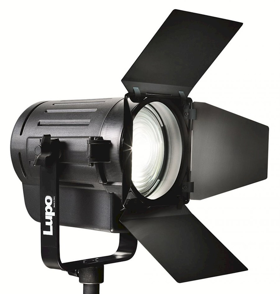 Wonderbaar Huur Studiolampen voordelig van andere creatieven op Gearbooker LL-17