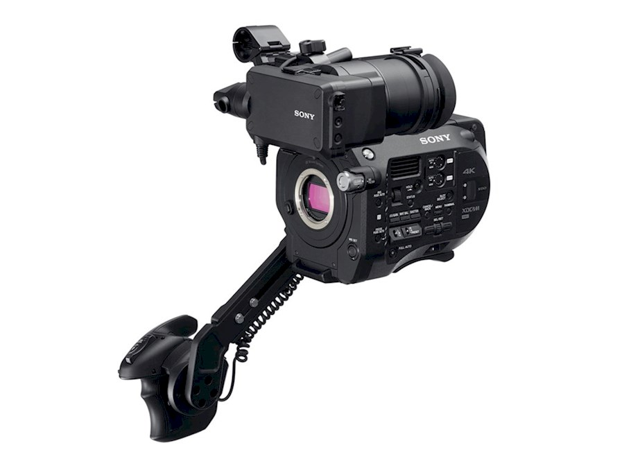 Rent PXW-FS7 from Teun