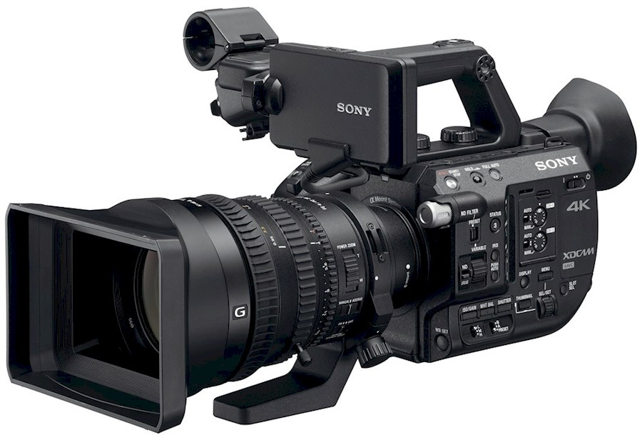Rent a PXW-FS5 + SONY 18-110mm F4.0 + VELE EXTRA'S in Etten-Leur from Menno