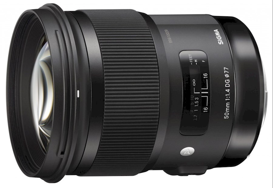 Rent a Sigma 24mm f/1.4 DG HSM Canon in Rotterdam from Elmar