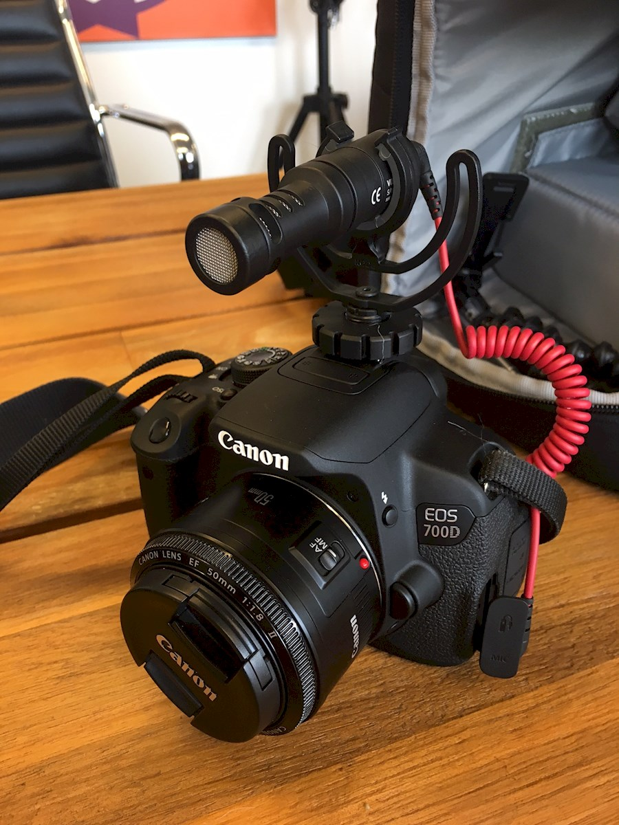 Rent a Canon 700D (Complete set) in Alkmaar from Derek
