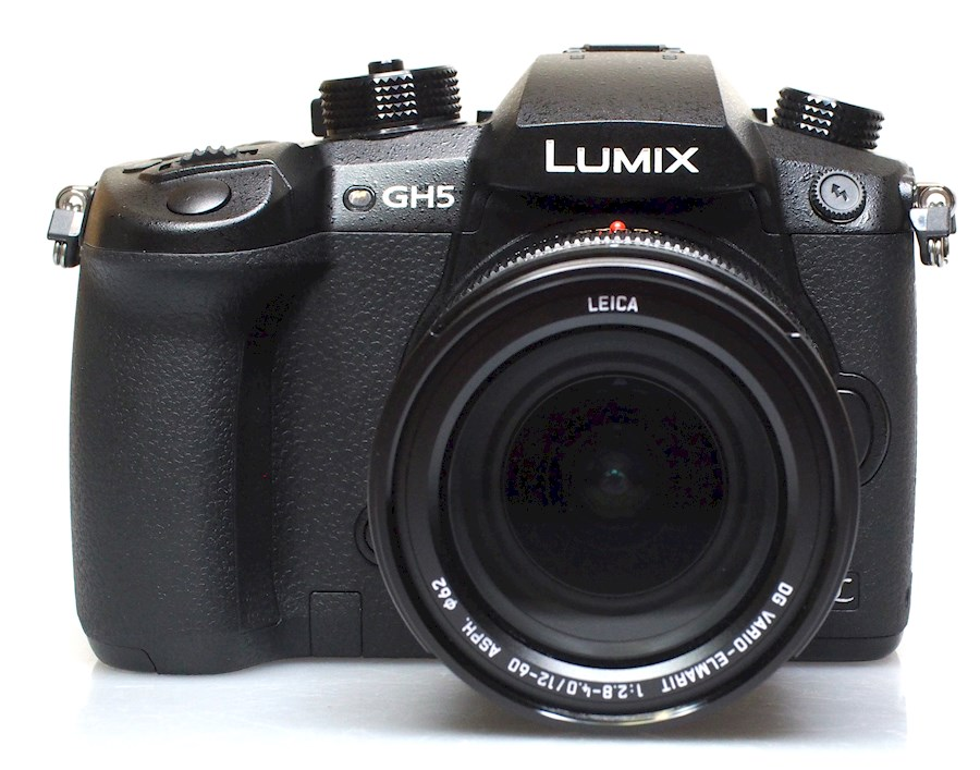 Rent Panasonic lumix GH5 from Niek