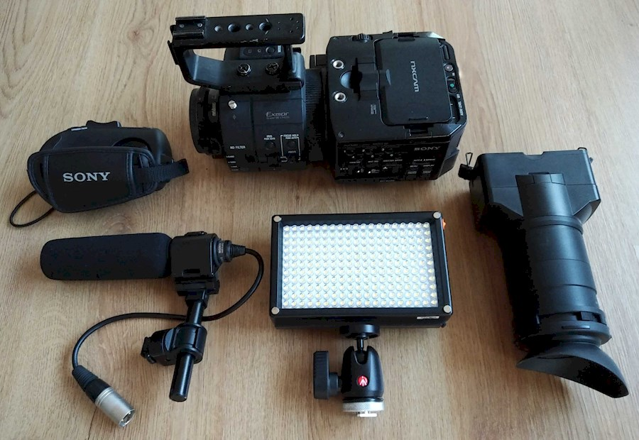 Rent a Sony NEX FS700 set in Groningen from Wouter
