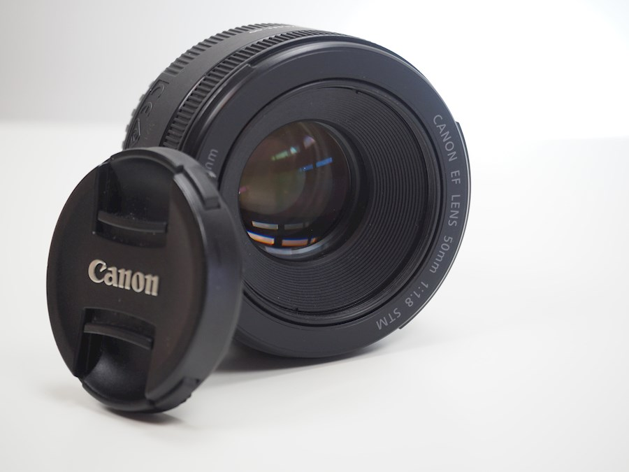 Rent a Canon 50mm f1.8 in Zwalm from Tuur