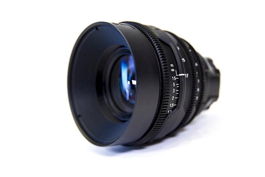 Huur een RED Pro Zoomlens 17-50mm f2.8 PL mount / Sony E-mount in Rotterdam van Gijs