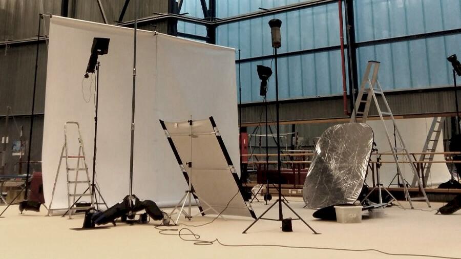 Huur een Large complete studio set in Hoboken van Sebastian