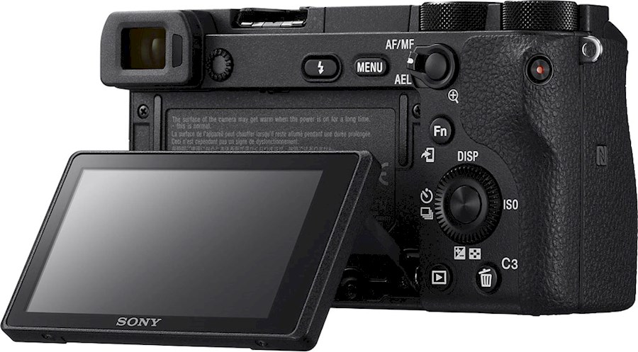 Huur een Sony a6500 System camera (+50mm 1.4 lens for free) in Amsterdam van Leander