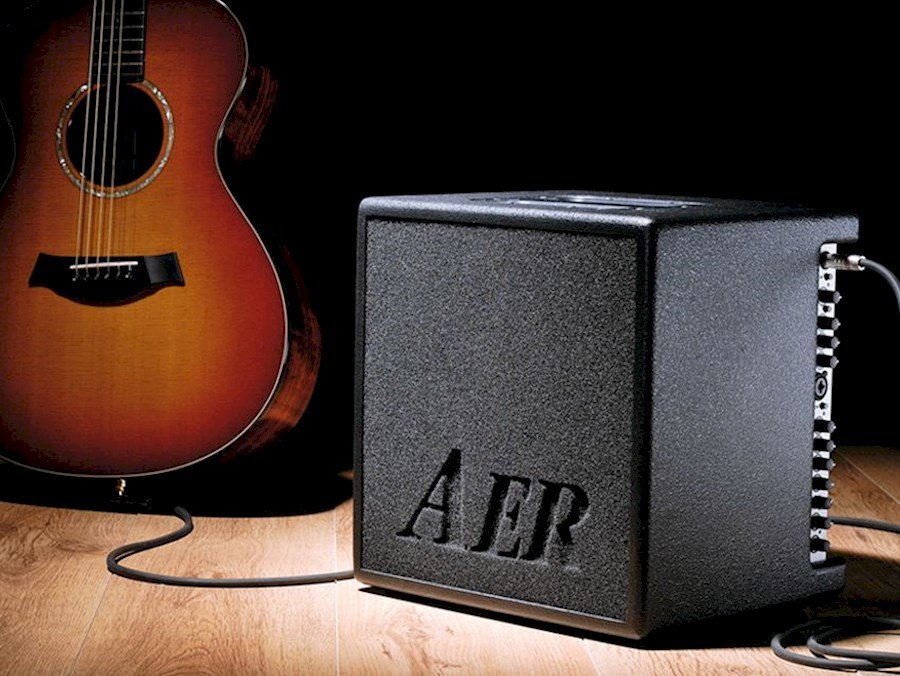 Rent a AER XL   Akoestische versterker voor zang + gitaar of andere akoestische instrumenten