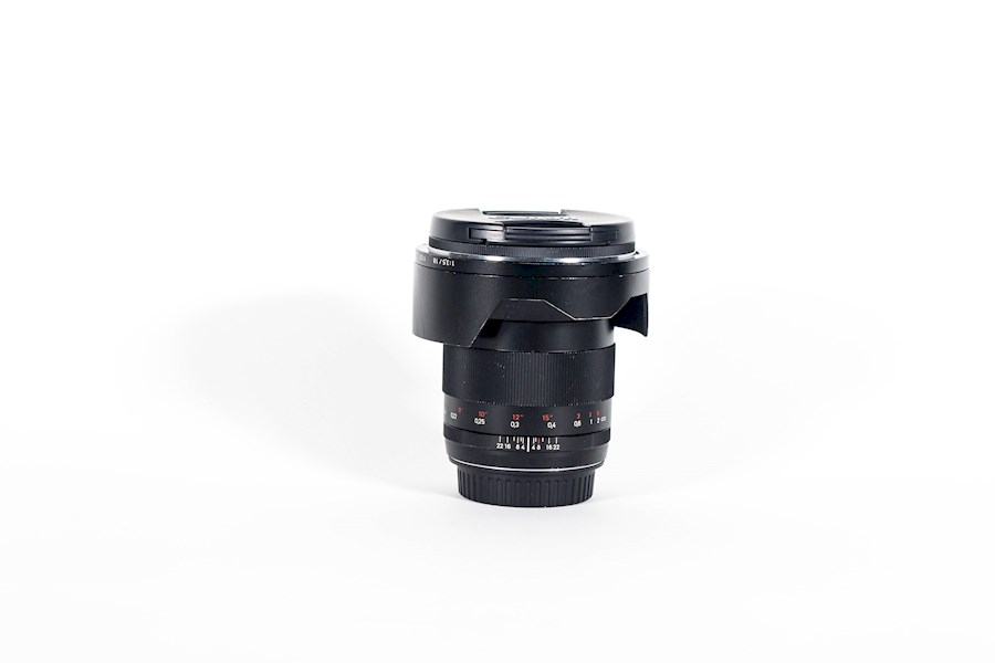 Rent a Zeiss Distagon 21mm F/2.8 EF in Utrecht from Don