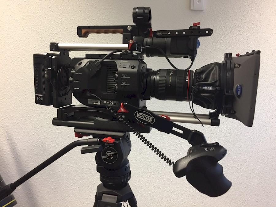 Rent a Complete Sony FS7 set incl. Metabones Speedbooster V-mount accu's en Canon EF 24-70L f/2.8 in Hoevelaken from Willem