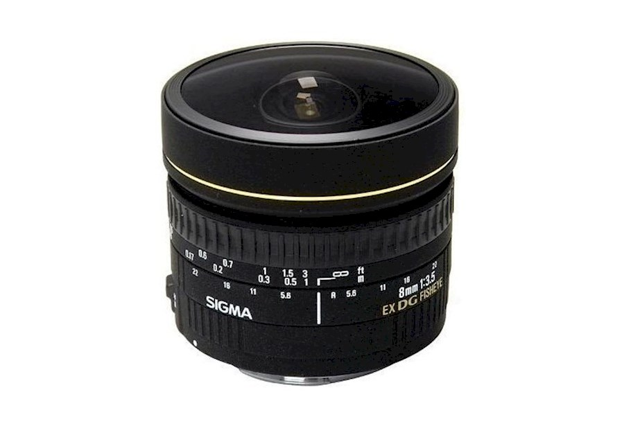 Rent a Sigma 8mm f/3.5 EX DG Fisheye Canon objectief in Utrecht from Roeland