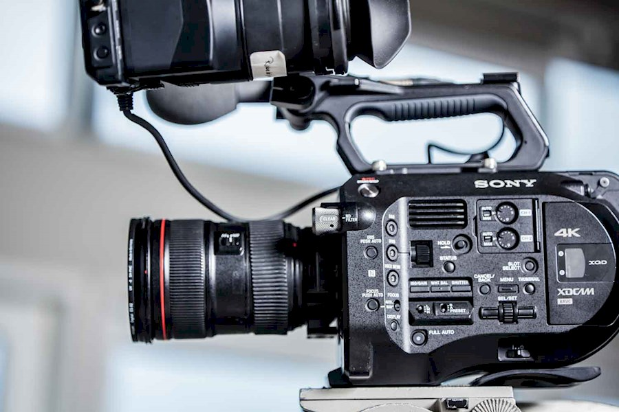 Rent a Sony FS7 in Amsterdam from Riske