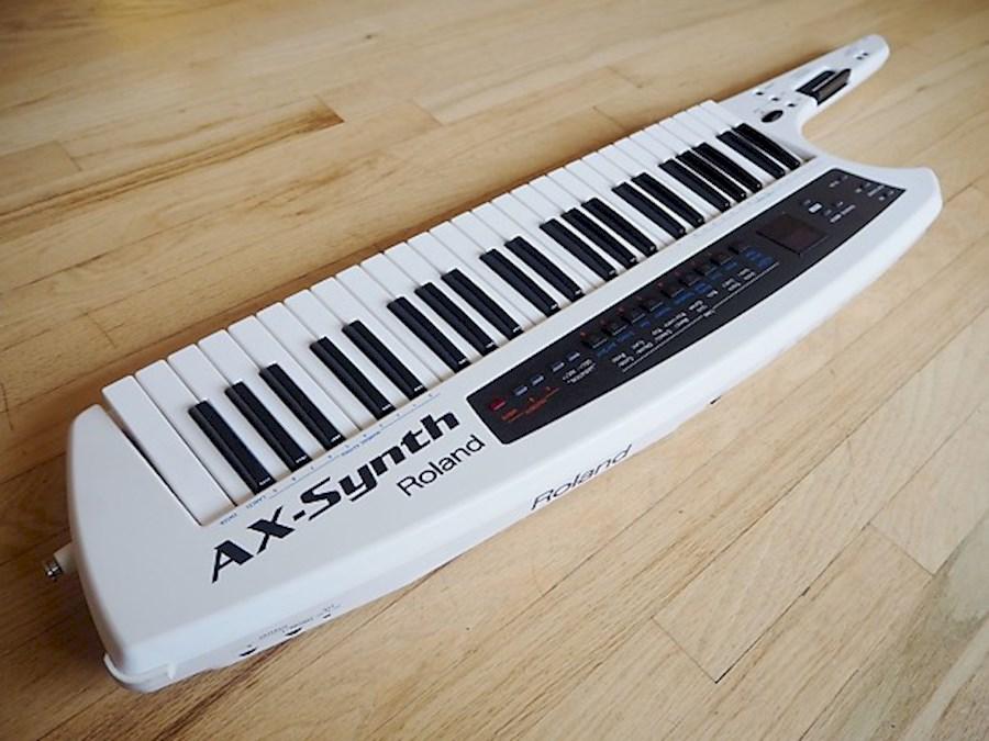 Huur een Roland AX-Synth in Roelofarendsveen van BACKLINE RENTAL NEDERLAND