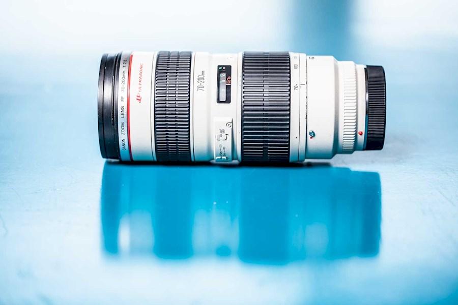 Rent a Canon 70-200 f2.8 in Amsterdam from RISKE DE VRIES