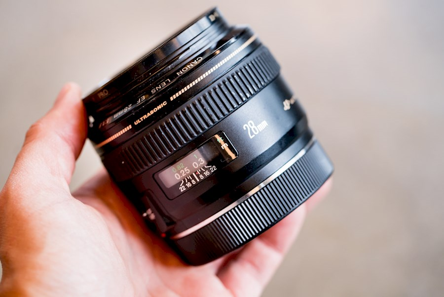 Rent a Canon 28mm f1.8 in Amsterdam from RISKE DE VRIES