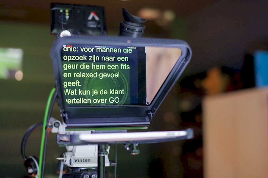 Rent a Pad prompter / Autocue in Amsterdam from RISKE DE VRIES
