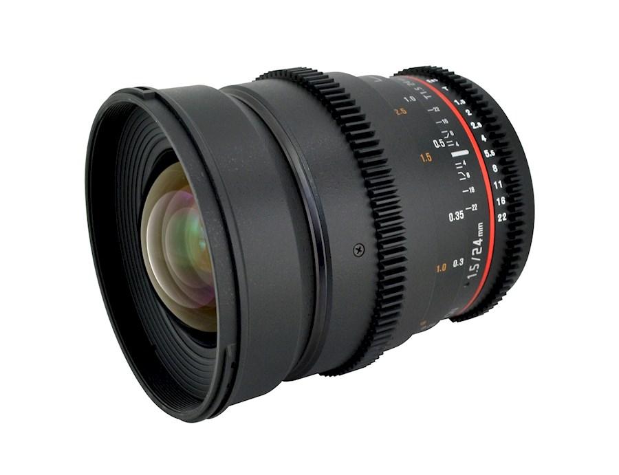 Louez Samyang 24mm T1.5 EF de Robbie