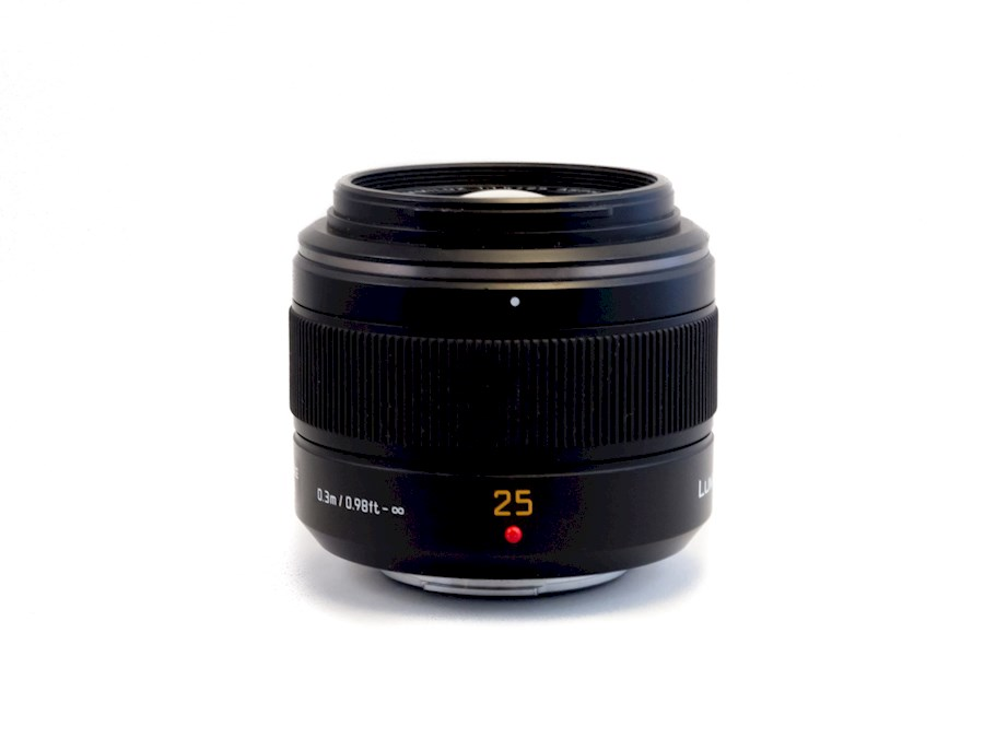 Rent a Panasonic Leica DG Summilux 25mm f/1.4 ASPH in Haarlem from SOUL TREK VENTURES
