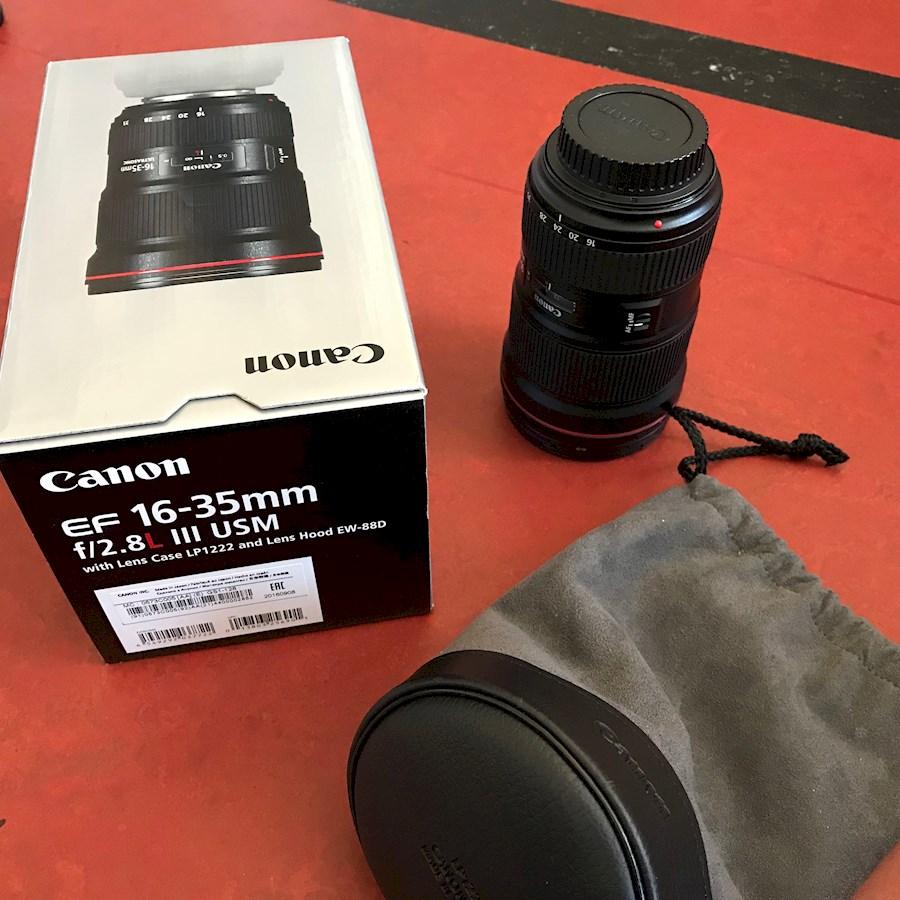 Louer un(e) Canon EF 16-35mm f/2.8 III objectief à Den Haag de Hermien