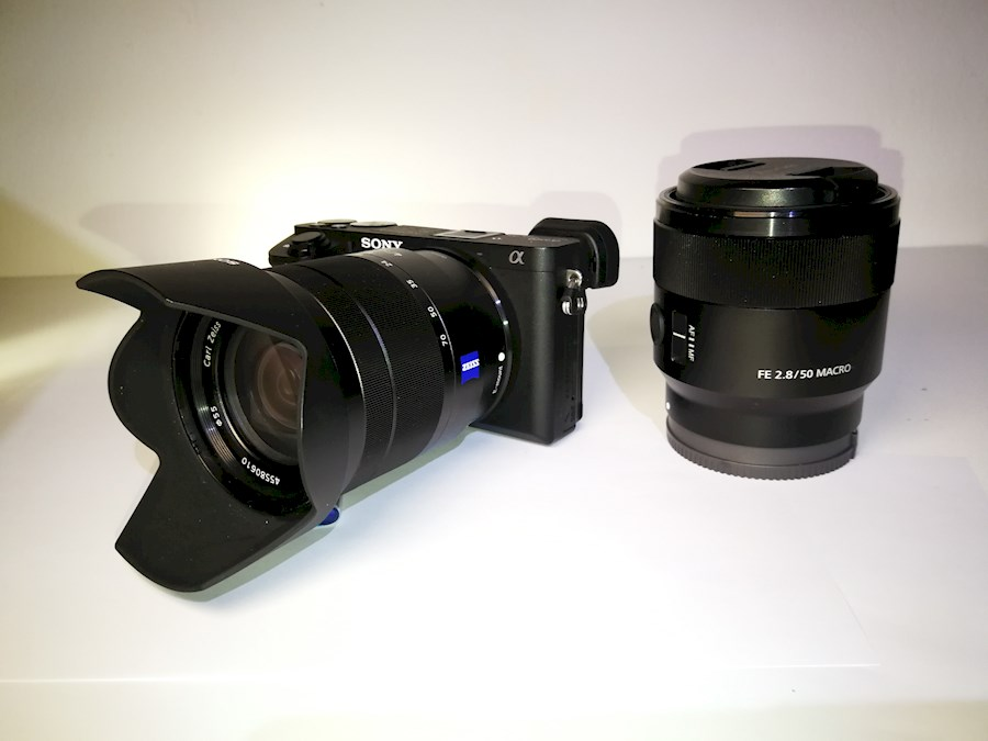 Rent a Sony A6500 4K mirrorless camera APS-C incl Zeiss 16-70mm objectief. in Amsterdam from Joost