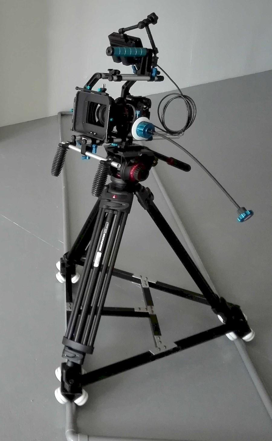 Rent a GH4 4k camera set. Inclusief lenzen, rig, afkijk scherm statief en dolly in Nieuwkuijk from BLICK FILM & LIVE V.O.F.
