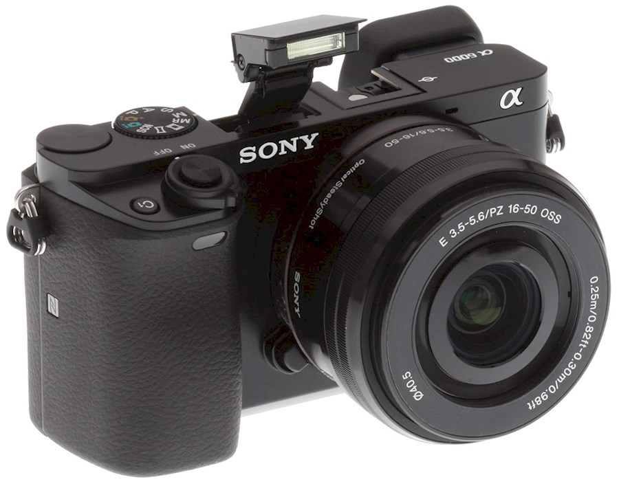 Rent a SONY A6000 + kitlens + vele andere objectieven