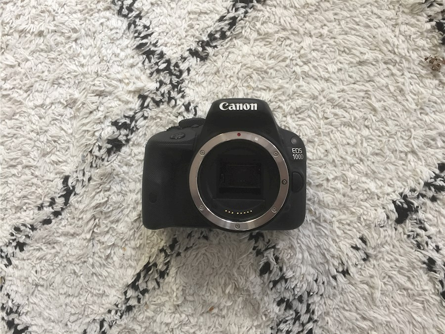 Rent a Canon 100D Body + Extra Batterij in Groningen from Sam