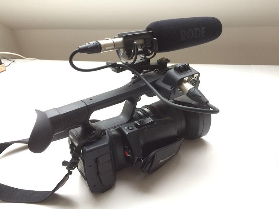 Rent a Panasonic AG-AC90 + Røde NTG-3 + Rycote Softie in Elsene from Guillaume
