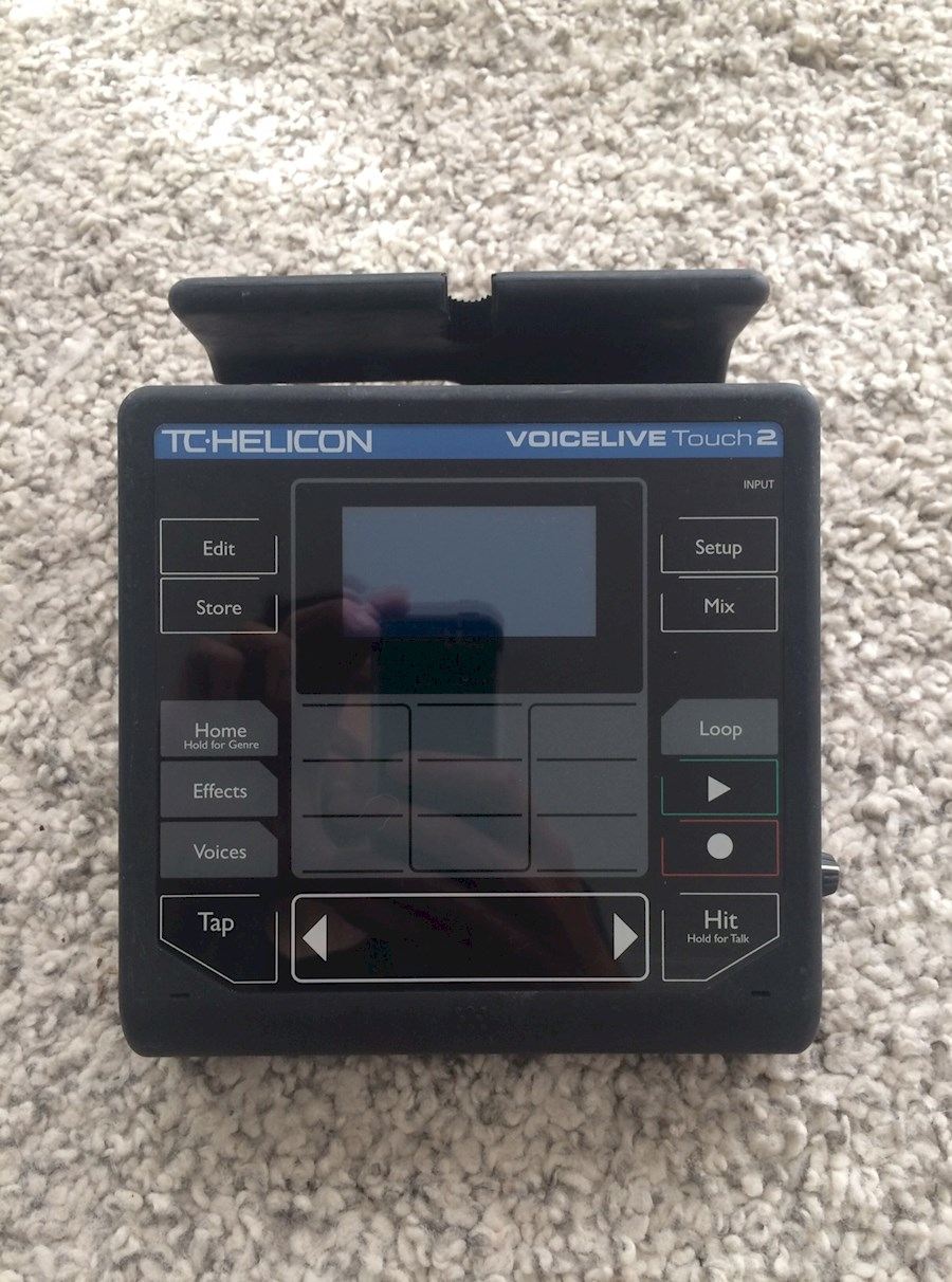 Rent TC-Helicon Voicelive t... from Michelle