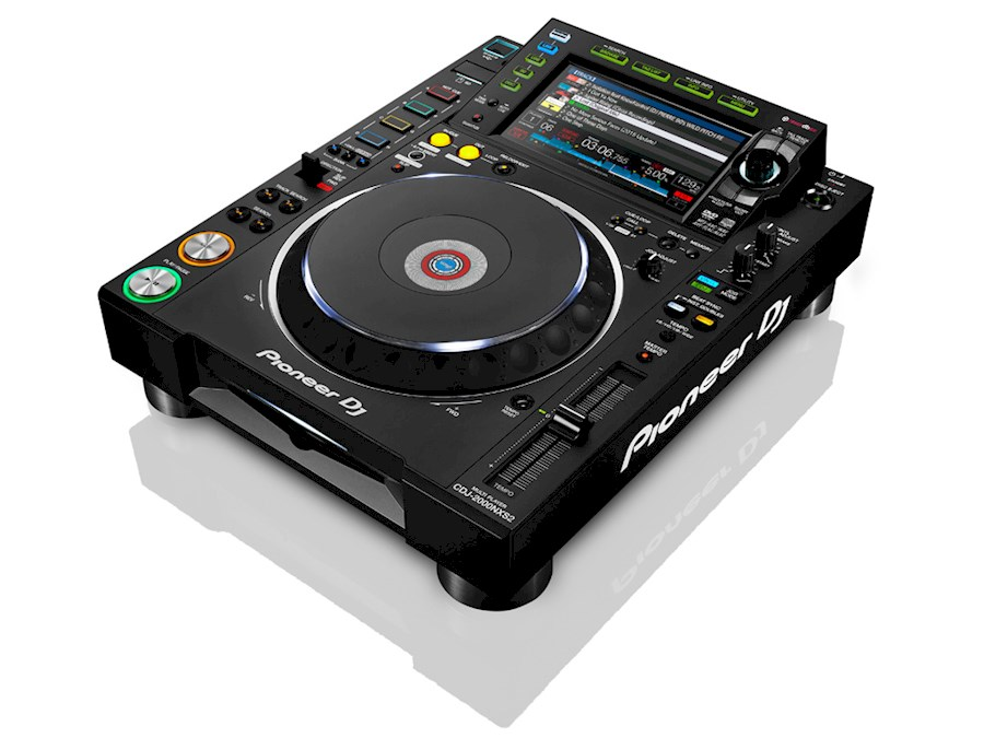 Rent Pioneer CDJ-2000NXS2 m... from Jimmy