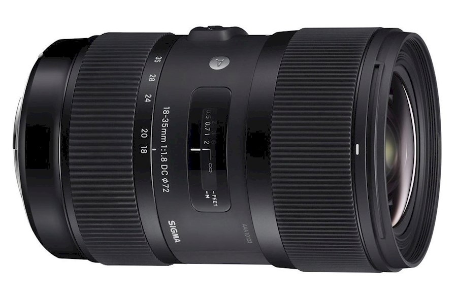 Rent a Sigma 18-35 1.8 EF in Breda from Renze