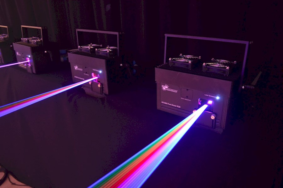 Rent a XS1800 RGB Laser in Helmond from JM-LIGHT