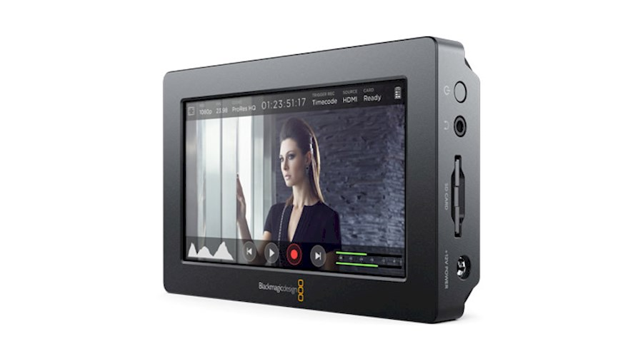 """Rent a Blackmagic Video Assist 5"""" in Den Haag from Rick"""