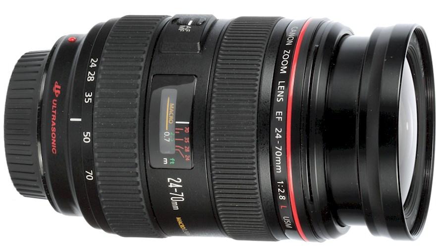 Huur een Canon EF 24-70mm F/2.8 L USM Macro EF in Reusel van Toon