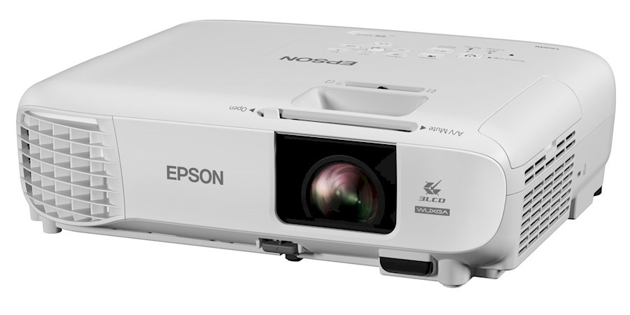 Rent Epson EB-U05 from Yannick