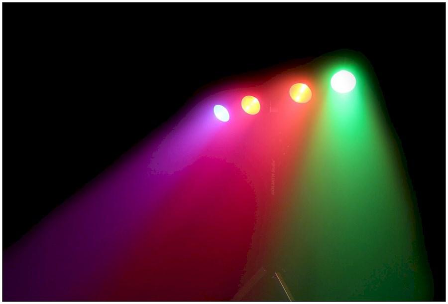 Huur COB LED 4- Bar set inc... van Wout