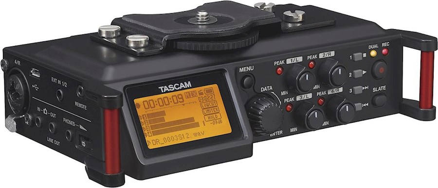 Rent a Tascam DR-70D audio recorder in Tessenderlo from Gertjan