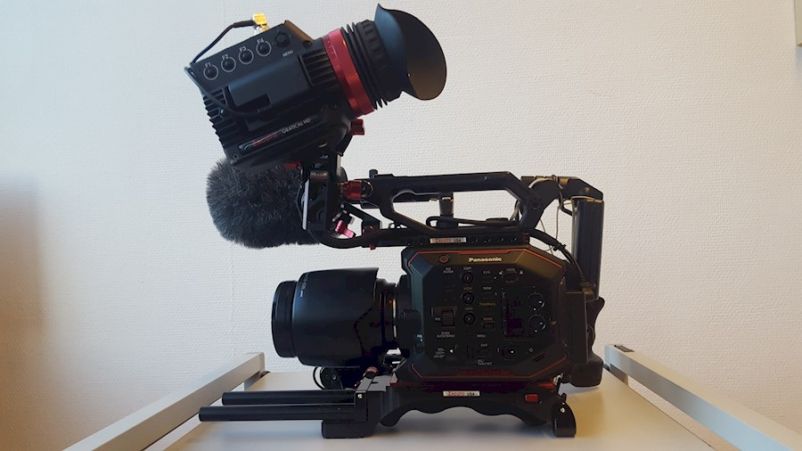 Rent a Panasonic AU-EVA1E  met Canon EF zoom set compleet in Breda from Peter