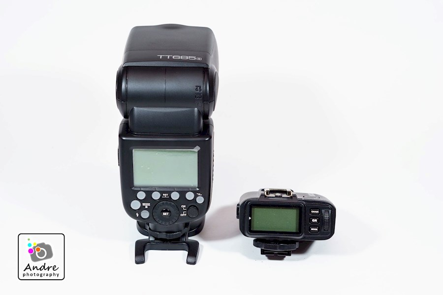 Rent Godox  TT685s & X1ts from Swen