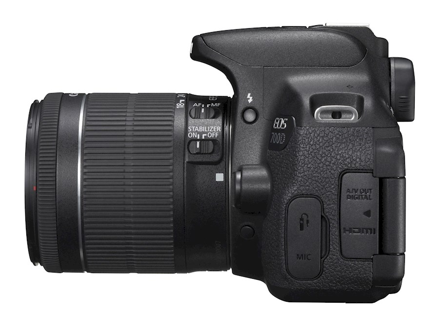 Rent a Canon EOS 70D met Canon EF-S 18-135mm f/3.5-5.6 IS in Woerden from MACCA