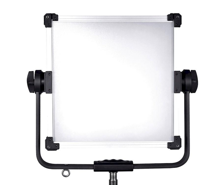 Rent a Ledgo LG-G160 LED RGB Studio Light—MagicHue in Almere from TSE IMAGING B.V.