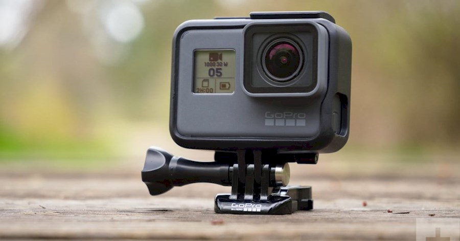 Rent Go pro 7 plus selfiestick from Marleen