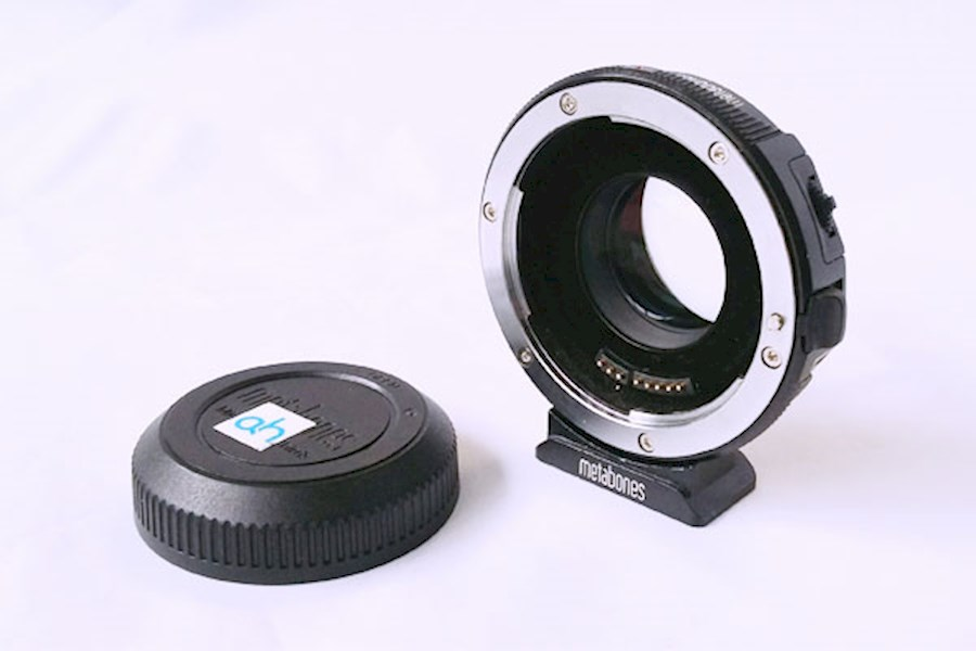 Rent a Metabones EF - MFT speedbooster in Enschede from Tom