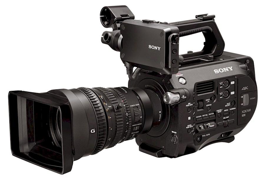 Rent a Sony FS7 incl. 28-135mm lens in Breda from ZOOM EVENEMENTEN & MEDIA PRODUCTIES