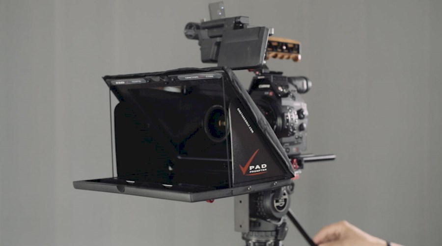Rent iPad Prompter - OneTak... from BVBA EYES-SCREEN